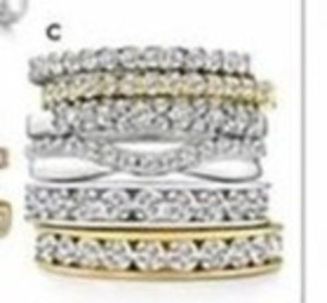 Select 1/4-1 Ct. T.W. Diamond Rings in 10K/14K Gold