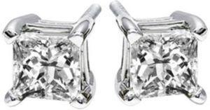 1 c.t. t.w. Diamond Studs