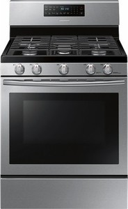 Samsung 5.8 Cu. Ft. Self-Cleaning Freestanding Gas Convection Range