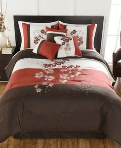 Hallmart Collectibles Finnette 7-Pc. Comforter Sets