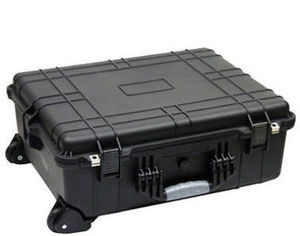 "Member's Mark 24"" Protective Rolling Case"