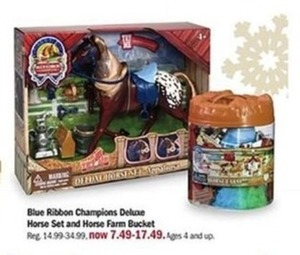 Blue Ribbon Champions Deluxe Horse Set and Horse Farm Bucket